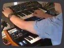 Tentative d'émulation du Moog Rogue (1982) avec un Moog LP synthesizer (2007).